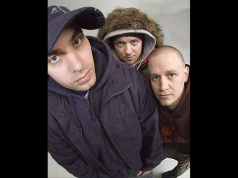 Hilltop Hoods - The Nosebleed Section (High Quality)