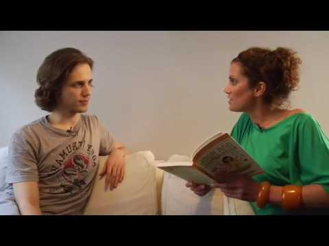 Vegane Welt: PetaTV with Kerstin Linnartz @ Yoga*Loft Berlin (*Jivamukti Yoga Classes)