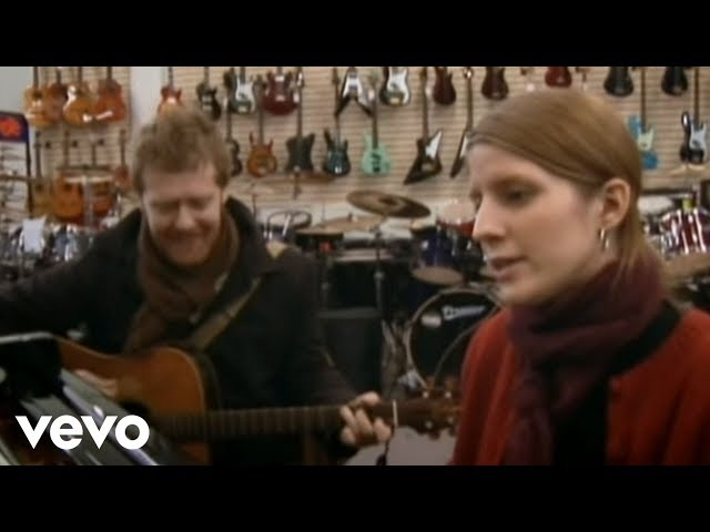 Glen Hansard, Marketa Irglova - Falling Slowly (Official Video)