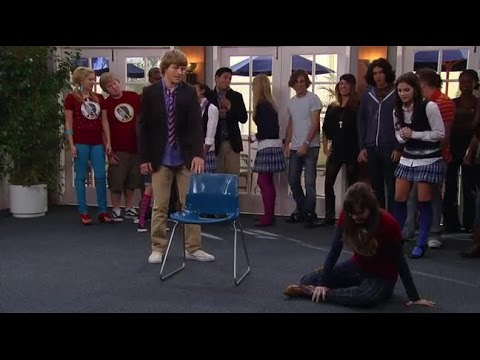 Sonny with a Chance S01E02 West Coast Story