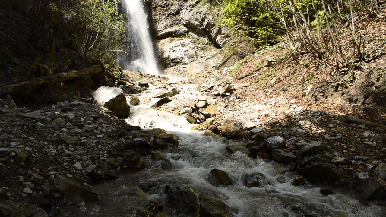 Sútovský vodopád