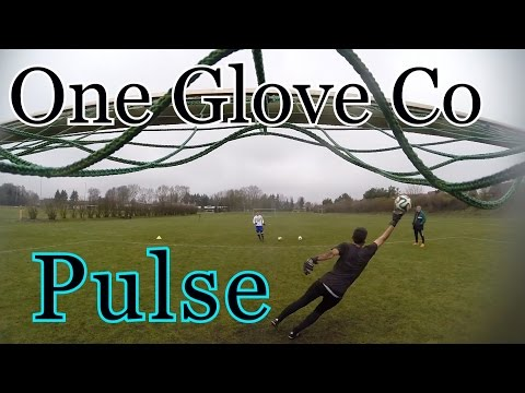 Goalkeeper Glove Review: The One Glove Co Pulse