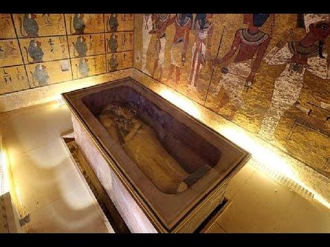 Nefertiti puede yacer tras la tumba de Tutankamón
