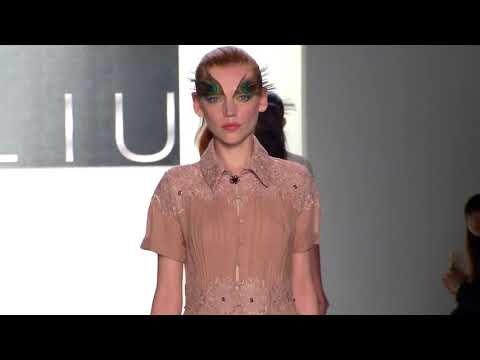 Dan Liu   Spring Summer 2018 - New  York Fashion Week 2017