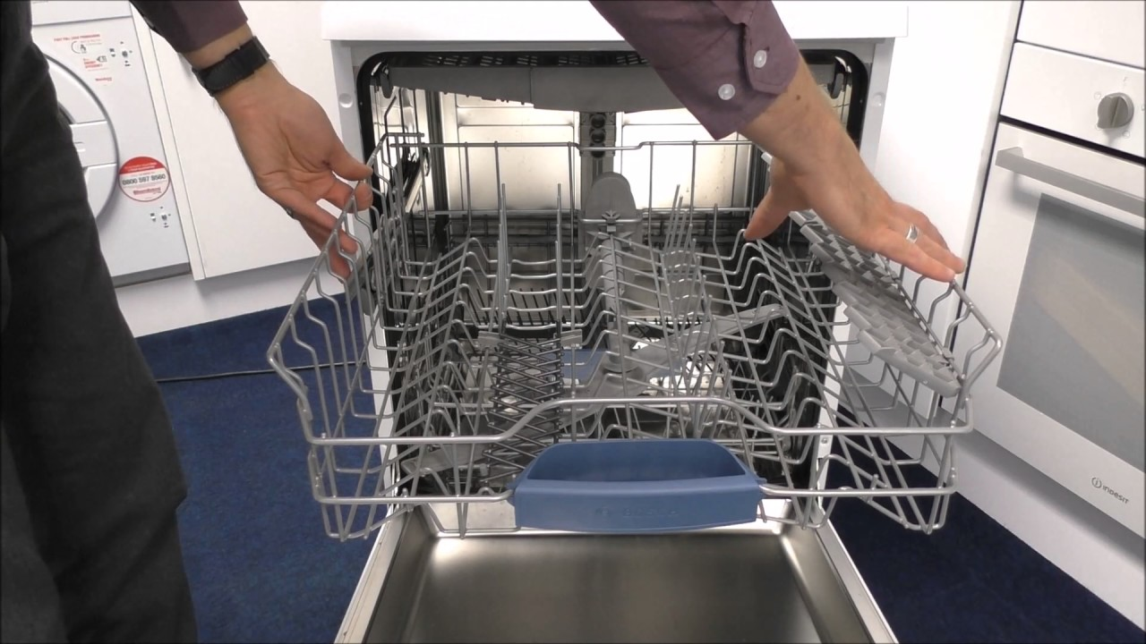 Bosch Sms58m32gb 14 Place Setting Dishwasher Youtube