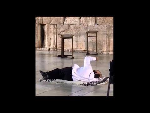 """ש""""י ✔ לכו תדעו איזה גזירות מבטל הרב יעקב עדס עם התפילות והזעקות שלו"""