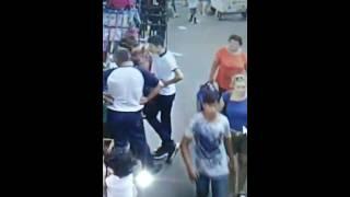 Вор карманщица в Алматы на рынке Кенжехан Осторожно