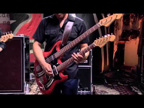 Foo Fighters - 10. I Should Have Known (LIVE @ Studio 606)