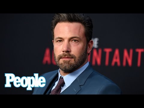 Anna Kendrick, Ben Affleck on Presidential Debate at 'The Accountant' Premiere | People NOW | People