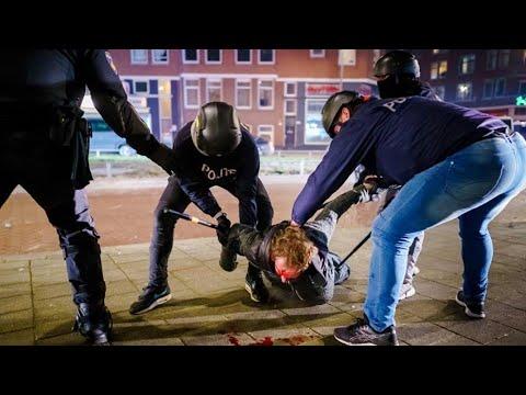 Al menos 184 detenidos en la tercera noche de disturbios en Países Bajos