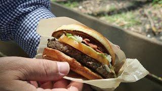 Mike Mayo reviews McDonald's new Signature Garlic White Cheddar burger
