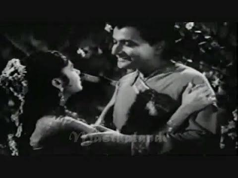 nain mile chain kahan.. lata-manna dey -shailendra- shankar jaikishan -.basant bahar Mp3