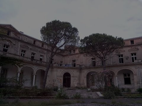 ON VISITE UN CHATEAUX ABANDONNEE !