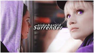 Niska & Astrid | First love [+2x08]