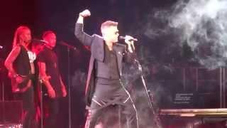 Robbie Williams - Let Me Entertain You - 23/10/15 Melbourne HD