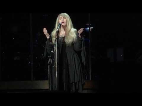"Stevie Nicks ""Landslide"" /Finale Portland OR Moda Center February 28, 2017 24K Gold Tour"