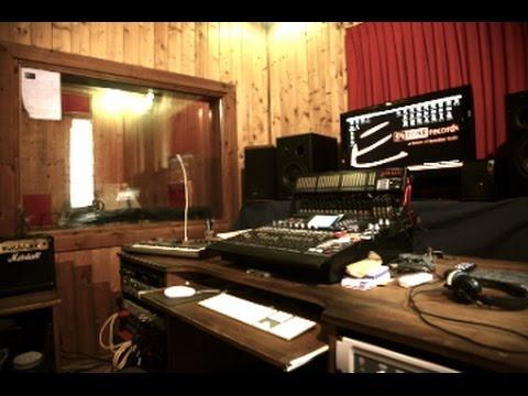 Etichetta discografica indipendente enzonerecords tour - Studio di registrazione in casa ...