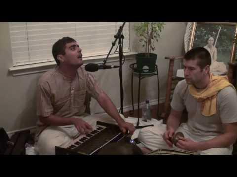 Bhajan - Amala Kirtan das - Halloween Home Program 5/6