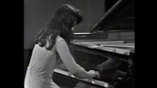 Rare footage of martha argerich performing chopin's barcarolle in italy 1974.