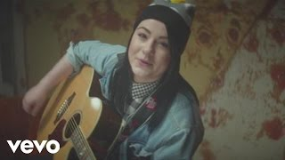 Watch Lucy Spraggan Lighthouse video