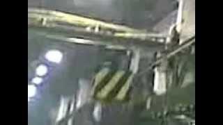 Кран балка 0036-Кран 0013-Радиально сверлильный новый(Съемка процесса постановки остова на станок для последующей мехообработки радиально-сверлильными станкам..., 2012-11-07T20:03:50.000Z)