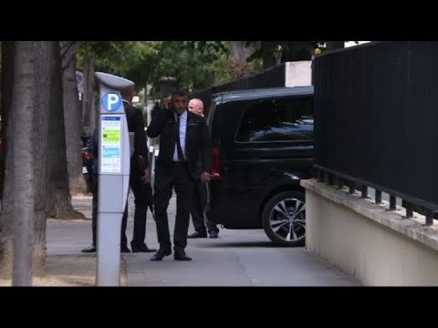 Football: Neymar in Paris, stops at American Hospital