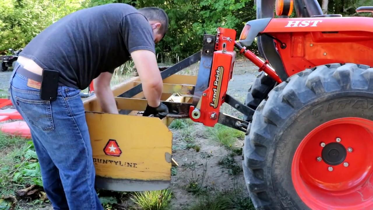 Moving Dirt like a bull Dozer with my Kubota!!! Box blade repairs!!!