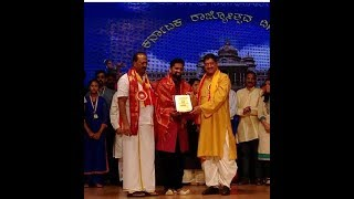 Honored by Dr B R Shetty | Abudhabi | Prathibha Purskara | VIKITH M
