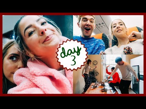 THIS CAN'T BE NORMAL? | VLOGMAS