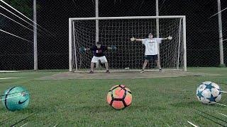 É Possível Fazer Gol Em 2 Goleiros ?  ‹ Portuga ›