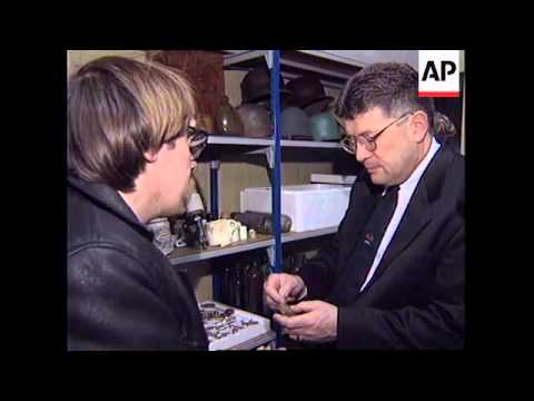 FRANCE: POTHOLERS SPEND 2 MONTHS UNDERGROUND IN CAVES OF ARRAS