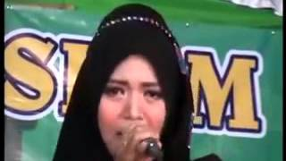 Gambus Lil inab   Mathlaul Fajr Wafiq Azizah Group Magelang & Mei Devi   YouTube