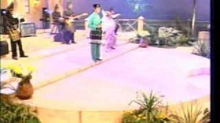 Irama Melayu - Victor Hutabarat - Sorga Di Bawah Telapak Kaki Ibu (Sukarman)