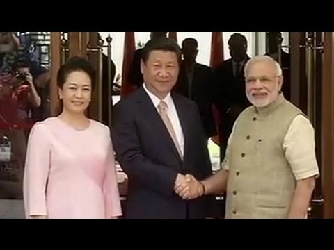 PM Modi welcomes Chinese President Xi Jinping