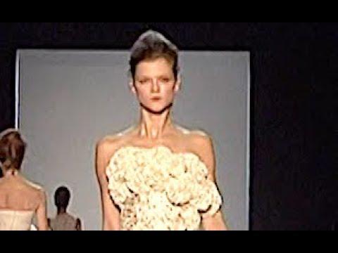 GIAMBATTISTA VALLI Spring Summer 2009 Paris – Fashion Channel