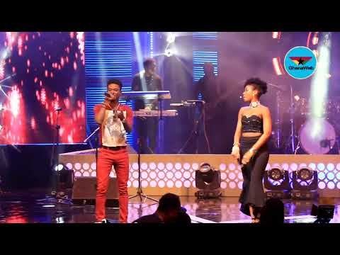 MzVee performs with  Kuami Eugene at Becca UNVEILED