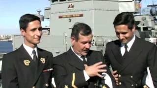 Suboficial Mayor Pedro Soto y sus hijos thumbnail