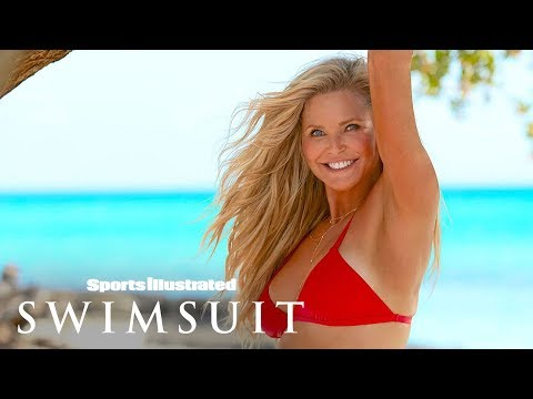 Christie Brinkley Goes Completely Bare In Stunning Comeback | Outtakes | Sports Illustrated Swimsuit
