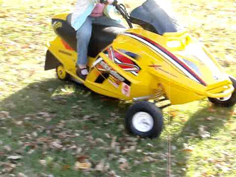 2006 Skidoo Ski Doo Mini Z 120 Snowmobile Rev Chassis
