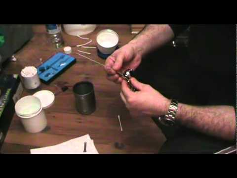 model tips how to clean your airbrush after enamel acrylic paint use youtube. Black Bedroom Furniture Sets. Home Design Ideas