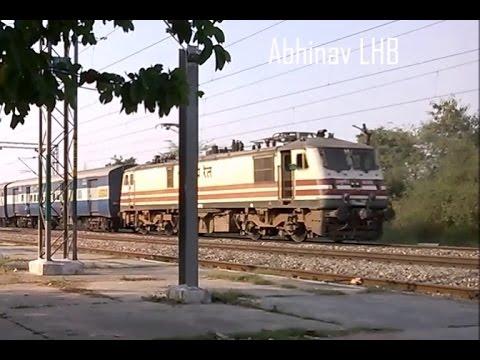 shaheed express/14674 live running train status