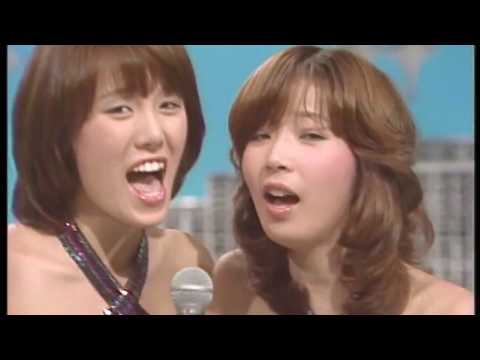 Unusual short performance D01P07 - Pink Lady ピンク・レディー 1977.07.25 / 52.07.25