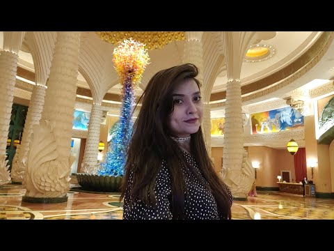 Dinner date with family at one of the best restaurants and hotel Tour || Dubai Holiday Vlog