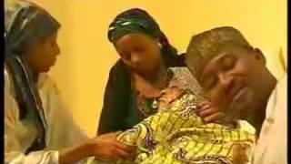 Aminu Abubakar ladan-Alan Waka { Uwar Iyaye Aisha } Hausa Song