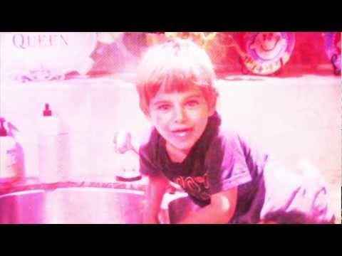 Rockstar Ronan, Firework
