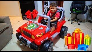 Carro Elétrico Infantil Mini Veículo Jeep Ranger | Rafael dando uma voltinha pela primeira vez