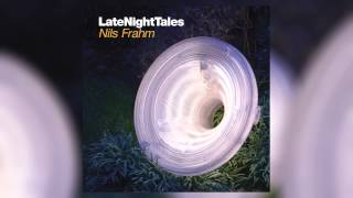 Carl Oesterhelt & Johannes Enders - Divertimento Part 4 (Late Night Tales: Nils Frahm)