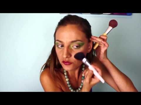 Adelaide Marcus's Basic Middle Eastern Makeup Tutorial for The Path To Performing