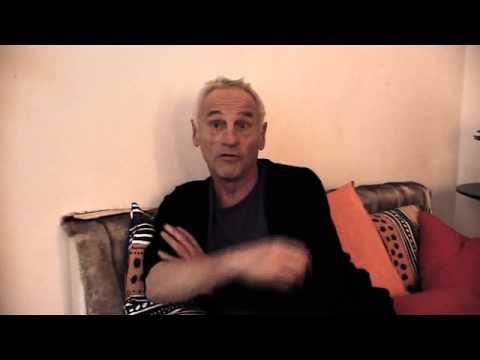 Une question à Johan Leysen, comédien dans le spectacle Lear is in Town