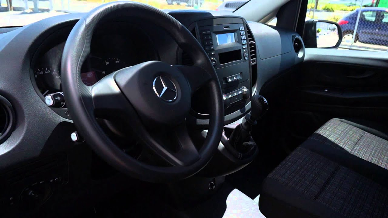 mercedes benz vito 114 cdi tourer manual youtube. Black Bedroom Furniture Sets. Home Design Ideas